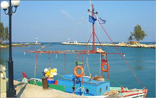 Georgioupolis: By the port